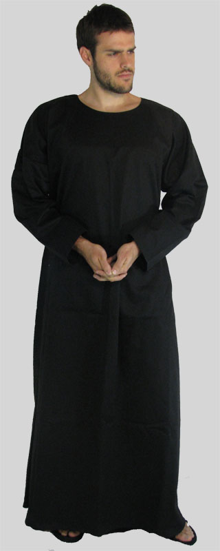 Robe  Long sleeves  Round neck  Many colors and sizes in stock