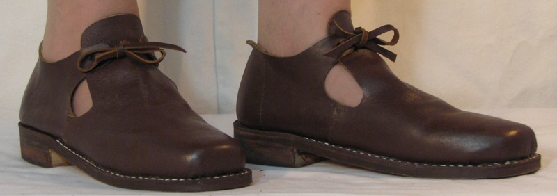 historical shoes for women